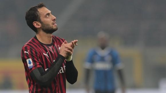 Чалханоолу остава в Милан, ако Рангник поеме отбора