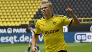 Холанд обещал, че няма да напусне Дортмунд преди 2022 година