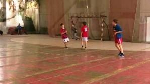Битка за оцеляването на ЦСКА в името на любовта към хандбала (видео)