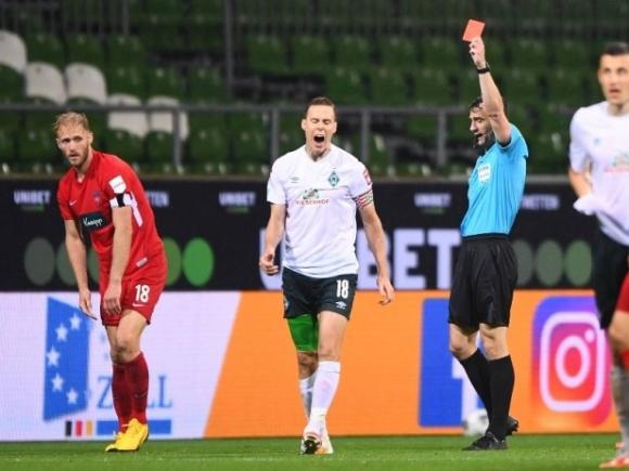 Вердер стъпи накриво в първия плейоф за Бундеслигата