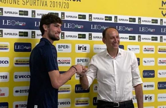 Лука Ветори се завръща в Модена