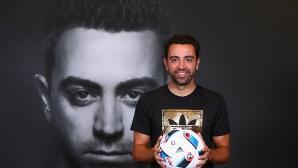 Легендата Чави е приел да поеме Барселона от новия сезон