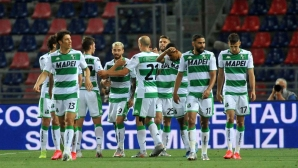 Сасуоло продължава наказателната си акция в Серия А