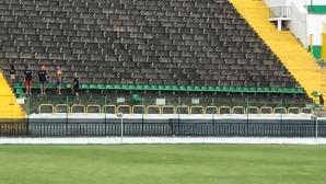 Започна монтирането на седалки на стадиона на Пирин
