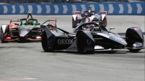 Бивш пилот от Формула 1 напусна своя отбора от Формула Е преди края на сезона