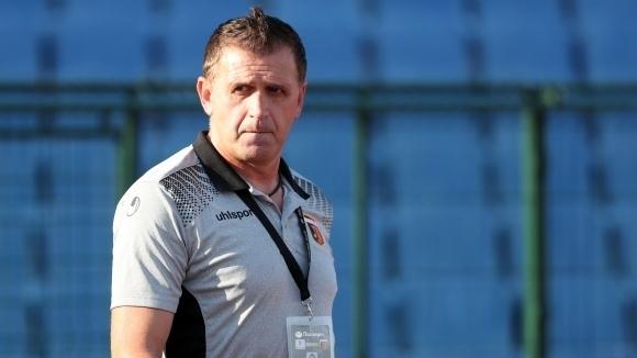 Бруно Акрапович изпрати хърватин в Спартак (Вн)