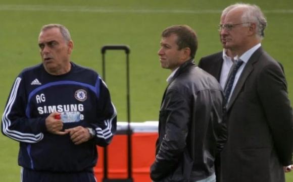 Бивш мениджър на Челси: За 4-о място Абрамович щеше да ме заточи в Сибир