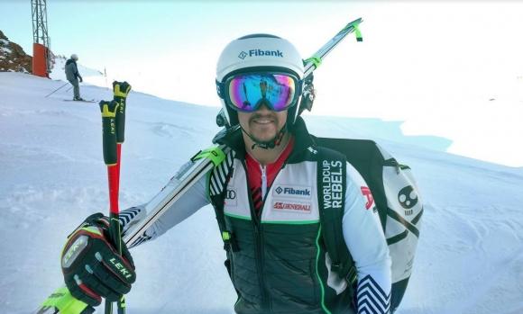 Само Алберт Попов остана в елита на ските