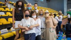 Илиана Раева възхитена от старанието на клубовете на държавното за ансамбли