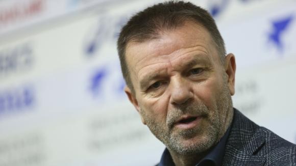 Стойчо: Само държавата може да спаси Левски, има нещо сбъркано в ЦСКА (видео)