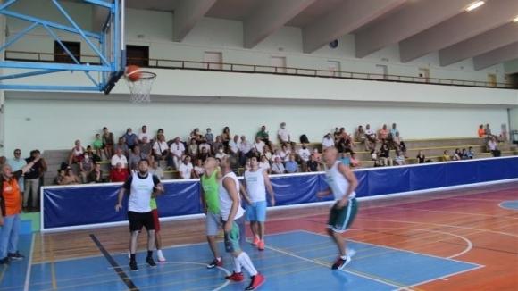 75-годишнината на организирания баскетбол в Разград събра различни поколения спортисти
