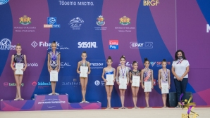 Елвира Краснобаева е шампион в многобоя при девойките младша възраст на Държавното
