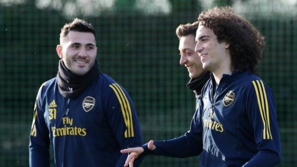 Арсенал иска да продаде трима играчи