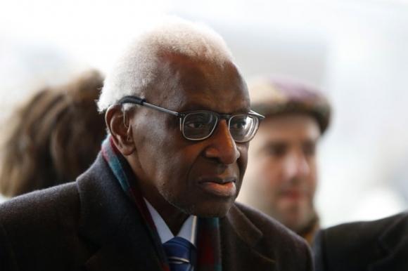 Корупция праща в затвора бившия президент на IAAF Ламин Диак