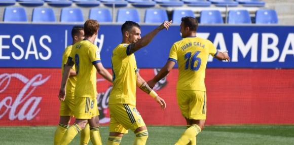 Кадис спечели сблъсъка на новодошлите в Ла Лига
