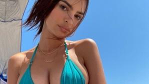 Модно списание остави топлес Емили Ратайковски (снимки)