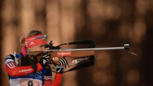 Спряха правата на двама руски биатлонисти
