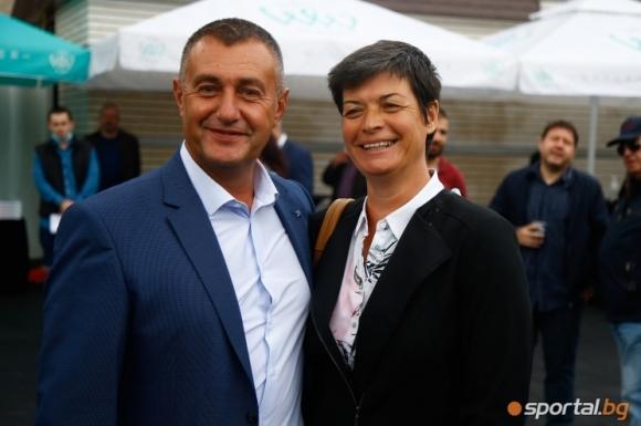 Семейство Нейкови: Още малко търпение и излизаме от кризата в спорта (видео)