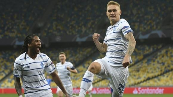 Динамо (Киев) отново надигра Гент и се класира за груповата фаза на ШЛ (видео)