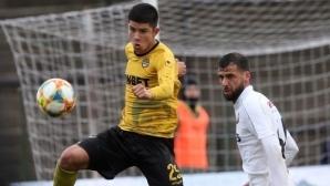 Александър Димитров викна защитник на Ботев (Пд) в младежкия национален отбор