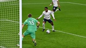 Ман Сити убедителен срещу Бърнли, Торес с първи гол (видео)