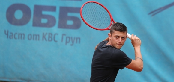 Лазаров отпадна на полуфиналите в Египет
