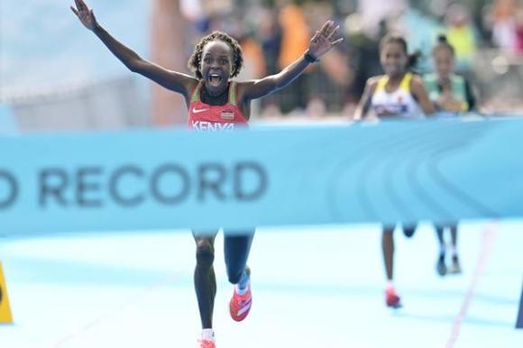 Световен и европейски рекорд паднаха на СП по полумаратон