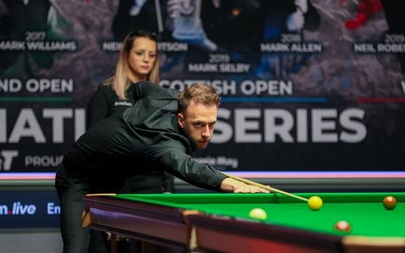 Българска съдийка на финала на English Open, Тръмп грабна 18-и трофей