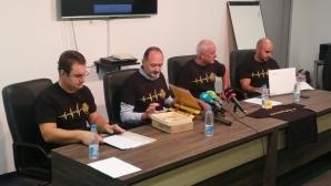 Феновете на Ботев събраха 280 хил. лева! В ход са нови инициативи за набиране на средства (снимки)