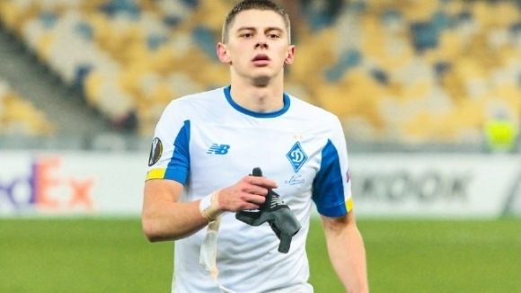 Двама от Динамо с положителни проби преди мача с...
