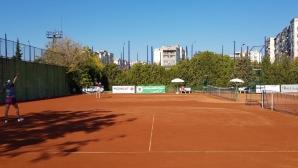 Без българска победа на сингъл във втория ден на международния турнир по тенис в Пазарджик за жени