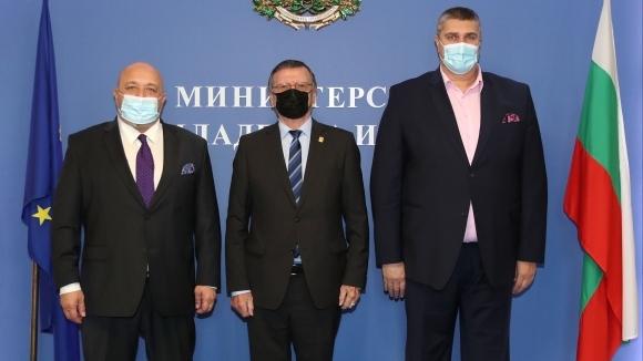 Министър Кралев се срещна с президента на CEV Александър Боричич