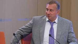 Преизбраха Власенко за президент на Руската федерация по скокове във вода