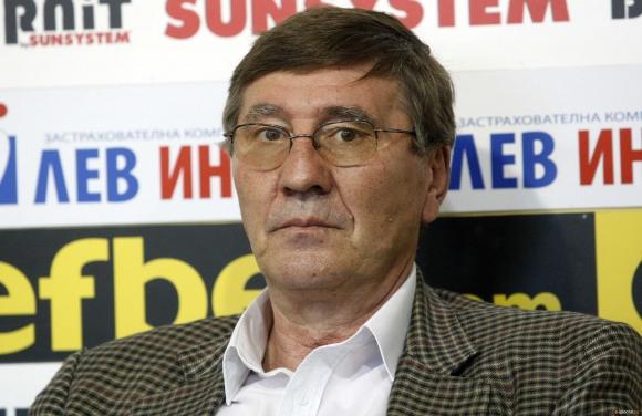 Георги Глушков: Младите действат по-либерално,...