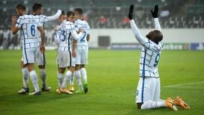 Интер изтръгна инфарктна победа в Мьонхенгладбах и остава в играта (видео)