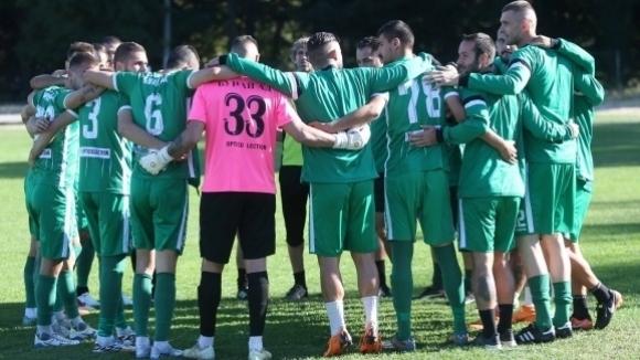 Помощник на Акрапович пое тим от Трета лига