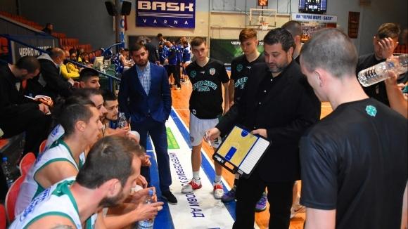 Няма да има треньорска смяна в Черно море Тича
