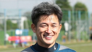 Миура подписа нов професионален договор на 53-годишна възраст