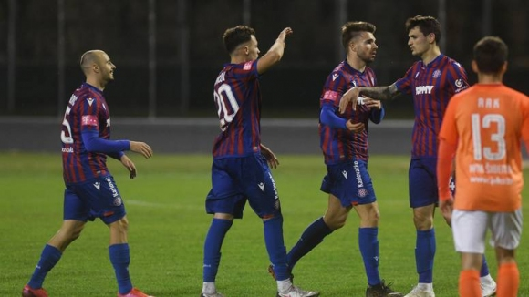 Хайдук поднови сезона с победа, но без Димитров