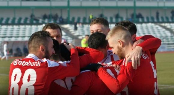 Ради Димитров с асистенция при разгромна победа на Сепси