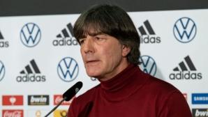 Йоахим Льов подновява присъствието си на мачове в Германия