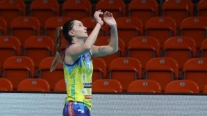 Деси Николова извън игра до края на сезона