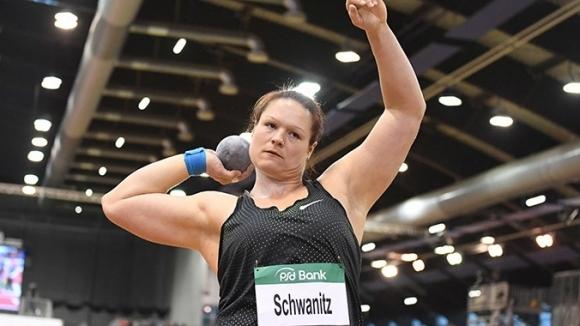 Шваниц се завърна с победа след 15 месеца без състезания