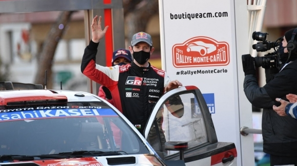 Евънс е имал проблем със сработката с новите гуми във WRC по време на Рали Монте Карло