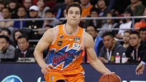 Бивши играчи от НБА сътвориха зрелище със 138 точки в Китай (видео)