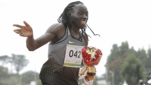 Спряна от участие на 800 м олимпийска медалистка се насочи към 200 метра
