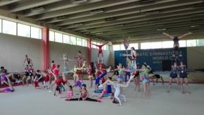 В единствената зала по акробатика в София температурата е 6 градуса