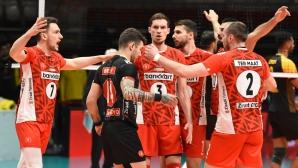 Страхотен Мартин Атанасов с 19 точки, Зираатбанк с 15-а поредна победа в Турция (видео + снимки)