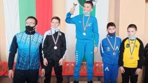 И внукът на Янко Шопов сред медалистите