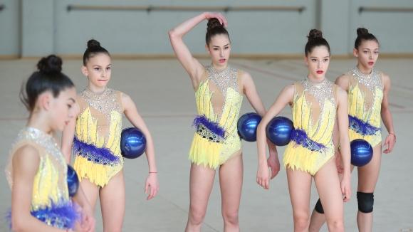 Ансамбълът на България за девойки с втора оценка след съчетанието с пет топки в Москва